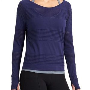 Athleta Limitless Crew Pullover